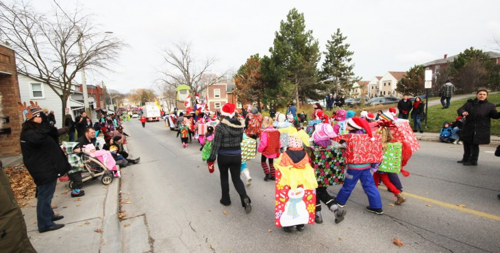 Santa Clause Parade in Newmarket 2014