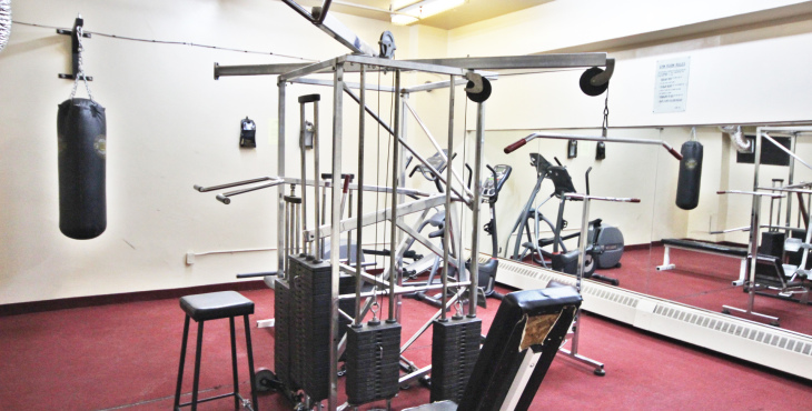 100 Leeward Glenway amenities gym