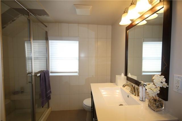 denne bathroom